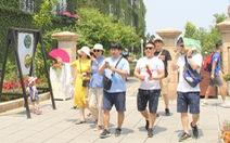 Khách Trung Quốc đến Việt Nam giảm, khách Hàn tăng mạnh mẽ