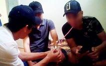 Bắt 'tại trận' nguyên đội trưởng hình sự 'chơi' ma túy với nhóm bạn