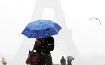 Luật chống quấy rối phụ nữ ở Pháp: Sau 1 năm chỉ xử được hơn 700 ông