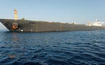 Mỹ đòi bắt giữ, tàu dầu Iran vẫn ung dung rời Gibraltar