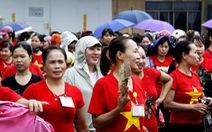 Hơn 2.000 công nhân làm việc trở lại sau vụ ban giám đốc 'mất tích'