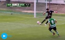 Không chạm bóng, U17 Sporting vẫn có bàn thắng 'nhanh như chớp' sau...13 giây