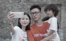 Camera trượt xoay của Galaxy A80 'lấy lòng' các vlogger bằng cách nào?