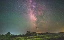 Video Dải Ngân hà tuyệt đẹp, cho thấy Trái đất quay rõ ràng ra sao