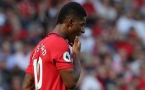 CĐV M.U: 'Chiến thắng trước Chelsea chỉ là... tai nạn'