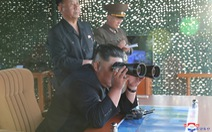 Triều Tiên thử nghiệm 'phóng nhiều tên lửa siêu lớn'