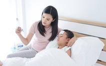 Mẹ 14 ngày cùng con tránh biến chứng sốt xuất huyết