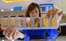 Giá vàng trong nước tách khỏi xu hướng thế giới