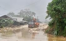 Trưởng công an xã bị đất đá vùi khi đi chỉ đạo khắc phục hậu quả mưa lũ