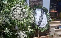 Xóm làng khóc thương bé lớp 1 Trường Gateway tử vong trên ôtô