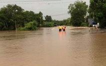 Áp thấp nhiệt đới suy yếu, Nam Bộ mưa vào chiều tối