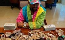 Tay đấm Mayweather lại 'khoe của', hứa tặng 10.000 USD cho người hâm mộ