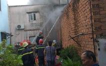 Cháy kho điện lạnh ở Thủ Đức, chỉ 15 phút dập xong nhưng tài sản bị thiêu rụi