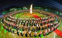 Yên Bái muốn lập kỷ lục thế giới cho màn múa xòe 5.000 người dân
