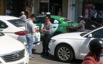 Vụ đập bể kính ôtô vì tiếng còi: Cái sai cá biệt và cái sai từ số đông