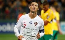 Ronaldo ghi cú 'poker', Bồ Đào Nha đè bẹp Lithuania trên sân khách