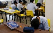 Hàng trăm thanh thiếu niên châu Á tự tử mỗi năm vì áp lực của người lớn
