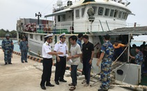 Hải quân cứu 46 ngư dân mắc cạn ở vùng biển Trường Sa