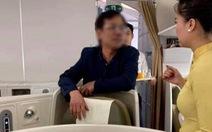 Phạt nhân viên an ninh hàng không xử lý 'chưa chuẩn' vụ khách say sờ soạng phụ nữ
