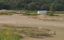 Lén đi tắm hồ, 3 học sinh tiểu học chết đuối thương tâm