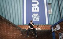 Bury FC và nợ nần trong bóng đá