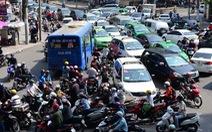 Người Việt nhấn còi xe quá nhiều