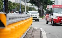 Lắp hộ lan bánh xoay trên đường Mai Chí Thọ để giảm tai nạn giao thông