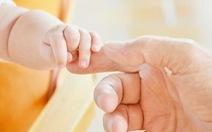 Đại học Úc: trẻ em Việt Nam bú sữa mẹ ít bị bệnh tật