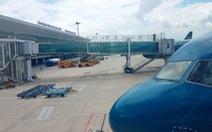 Trộm vòng đeo tay ở sân bay, chịu phạt 8,5 triệu đồng