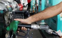 Giá dầu 'nhảy' theo diễn biến Trung Đông