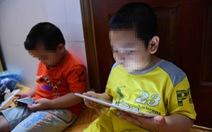 Con nghỉ học, đánh bố mẹ để... đòi lại điện thoại, iPad