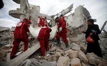 Liên quân chống Houthi không kích trúng nhà tù ở Yemen, 100 người chết