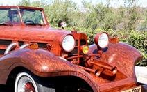 Video: Thợ mộc 62 tuổi chế tạo ôtô bằng gỗ