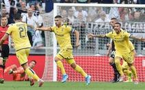 Sút chạm cột rồi chạm xà, cầu thủ Verona vẫn có bàn thắng đẹp vào lưới Buffon
