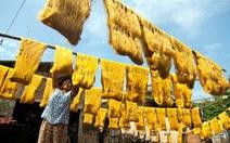 Làng tơ trăm năm ở Nam Định lên AFP