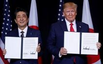 Tổng thống Trump ký 'thỏa thuận thương mại phi thường' với Thủ tướng Abe