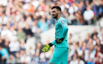 Thủ môn Lloris để thua bàn ngớ ngẩn, Tottenham suýt phải trả giá