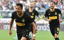 Sanchez lãnh thẻ đỏ trong ngày có bàn thắng đầu tiên cho Inter Milan