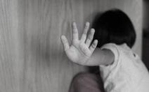 Người cha dượng bạo hành con riêng 5 tuổi của vợ suốt 20 tiếng đến chết