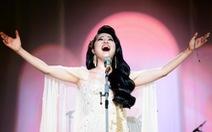 Liveshow 'Phạm Thùy Dung: Trăng hát': thính phòng thánh thót nhẹ nhàng