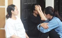 Cứu 4 ngư dân trong vụ tàu cá Nghệ An bị chìm ở biển Quảng Bình