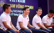 CLB Hà Nội phủ nhận thông tin có doanh nghiệp Việt Nam trả lương cho Đoàn Văn Hậu