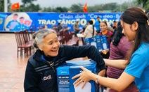 10.000 nồi cơm trao đi, ngàn nụ cười nhận lại từ 'Cơm dẻo - Bếp ấm'