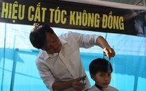 """""""Hiệu cắt tóc không đồng"""" của thầy giáo Hà Tĩnh"""