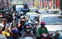 Trạm thu phí phải xả trạm 'giải cứu' kẹt xe cho TP.HCM dịp Tết Nguyên đán