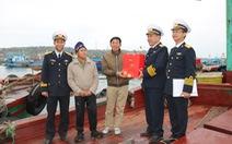 Bộ tư lệnh Vùng 1 Hải quân thăm, tặng quà Tết chiến sĩ, ngư dân