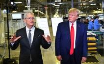 Ông Trump chỉ trích Apple chỉ biết hưởng, không chịu giúp 'mở khóa' iPhone