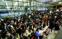 Sân bay Nội Bài hạn chế người đưa tiễn giờ cao điểm để tránh ùn tắc