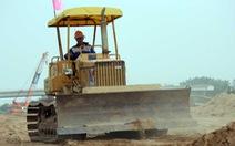 Công trường cao tốc Trung Lương - Mỹ Thuận thi công xuyên Tết