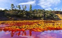Kỳ lạ 'dòng sông máu' như trên sao Hỏa